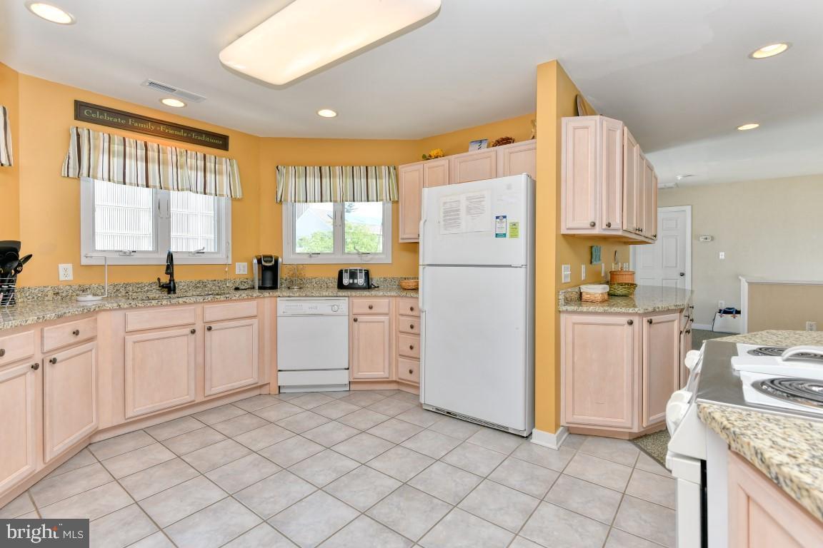 DESU166298-304238283491-2020-08-07-13-46-36 8 Virginia Ave | Rehoboth Beach, DE Real Estate For Sale | MLS# Desu166298  - Coldwell Banker Resort Realty